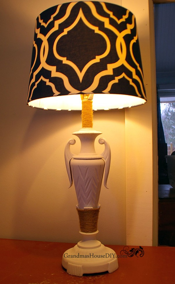 Painting a gaudy old lamp and adding a blue shade for a whole new look @GrandmasHousDIY
