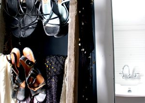 How to convert and old ladder into a shoe rack and hanging for my walk in closet