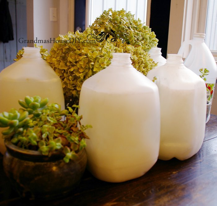 Home made laundry detergent saving us for $700 per year. DIY Make 4 gallons for only $3.50.