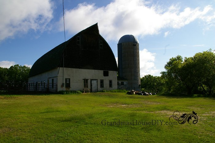 100-year-old-minnesota-barn