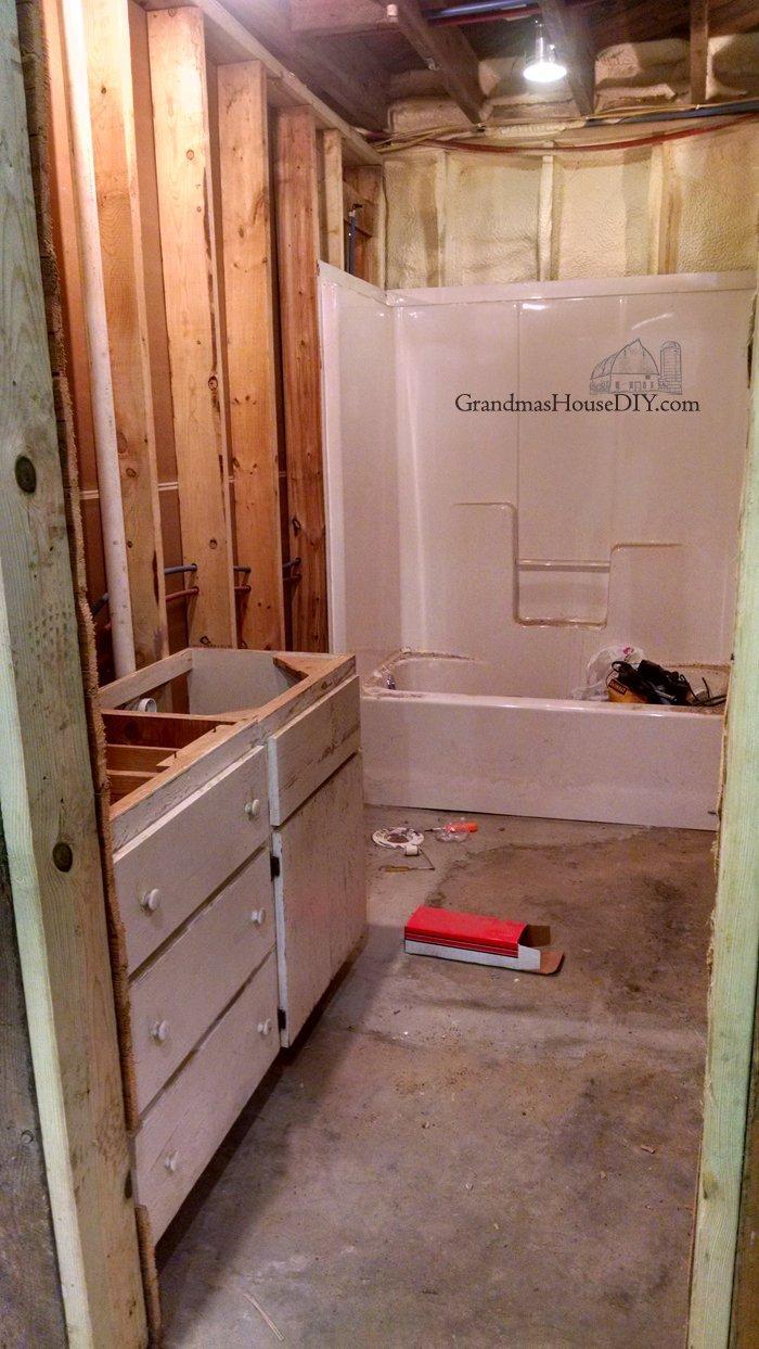 Basement Tub : Basement renovation updates: The sub pump works!