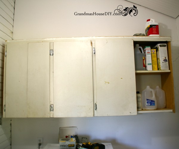 How to paint an old cabinet @GrandmasHousDIY