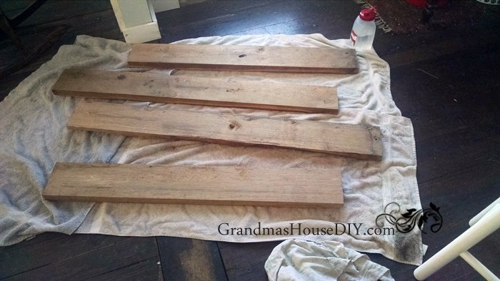 Easy inexpensive cheap DIY tutorial barn wood book shelves