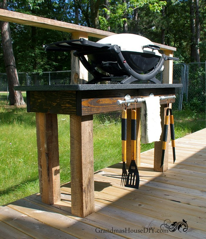 How To Build An Outdoor Grill Station With A Diy Pipe Rack 4x4 Posts