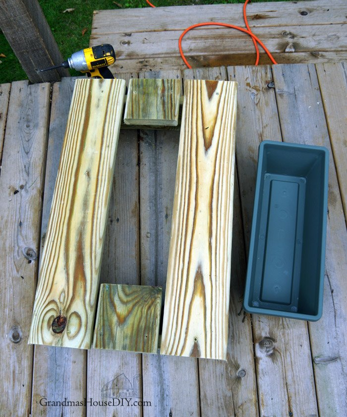 How to build wood working diy do it yourself an outdoor end table cooler project using a flower planter and green treated lumber, building tutorial