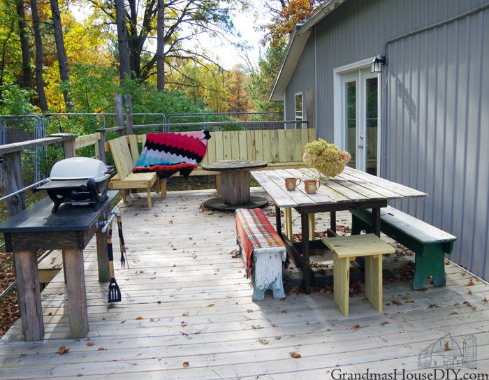 A post revealing my deck, my outside living space and living room, my 700 square foot dance floor, how I built it, designed it and finished it!