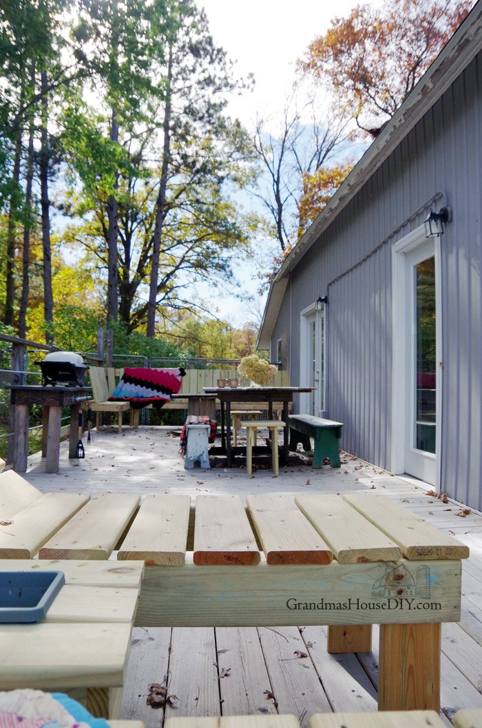 A post revealing our deck, our outside living space and living room, our 700 square foot dance floor, how we built it, designed it and finished it!