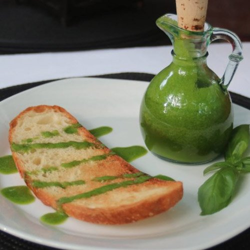How To Make Fresh Basil Oil And Add Fresh Summer Flavour To Your Dishes