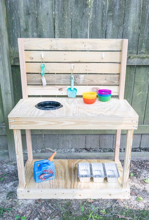 Amy from Health, Home, and Heart - DIY Mud Kitchen