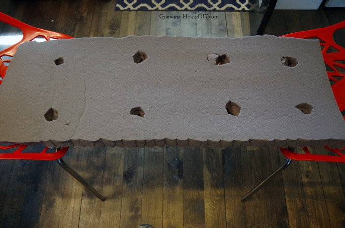 How I refinished an old Storage Bench and made a No-sew Cushion using plywood, drop cloth and staples and even added tufts to make it tufted with buttons