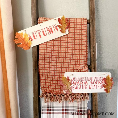 Simple DIY Fall Wood Signs to Decorate a Ladder