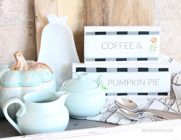 Easy Wood Block Signs for Fall and Halloween