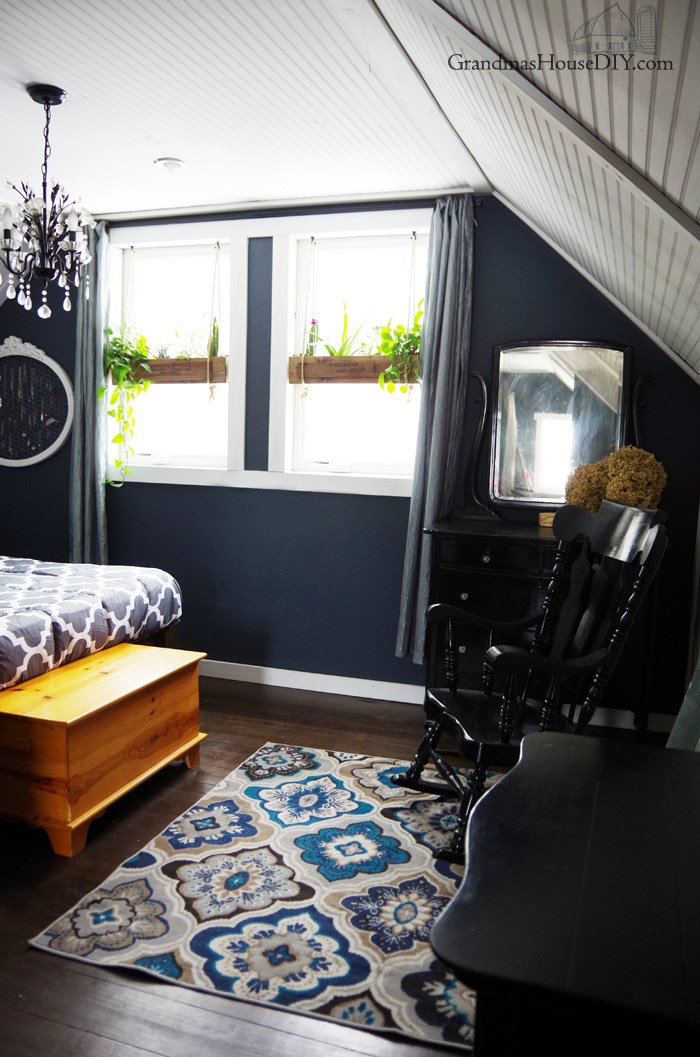 A brand new rug, a brand new comforter, two new lamps and a RugPadUSA Giveaway! Giving my master a much needed face lift after a divorce and a rug giveaway from Rug Pad USA. Two thrift store lamps and a refresh in a Farmhouse master bedroom.