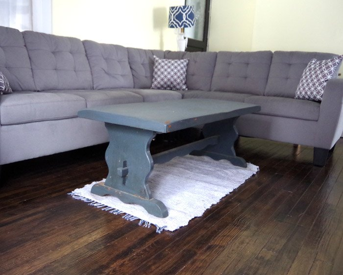 Adding a tufted top and a new paint job to an old coffee table. I've been working on the refresh of my living room for awhile now.
