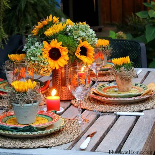 Outdoor Fall Tablescape with Harvest Colors