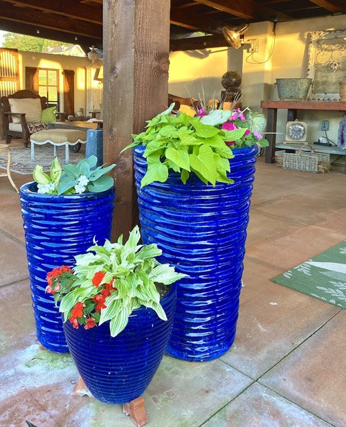 ANDREA FROM DESIGN MORSELS - EASY PORCH PLANTERS