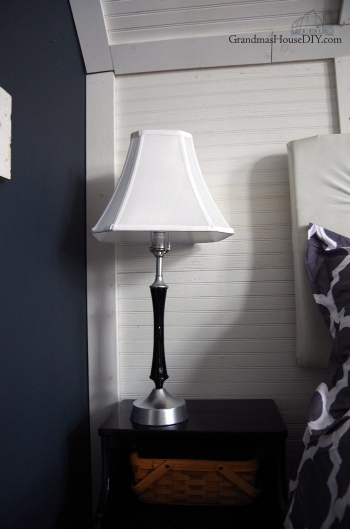 Two thrift store lamps from two different eras and places get new shades and a paint job that bring them together and create cohesion between them for my master bedroom in chrome spray paint and shiny rustoleum black gloss paint. How to, diy, do it yourself lamp makeover, how to