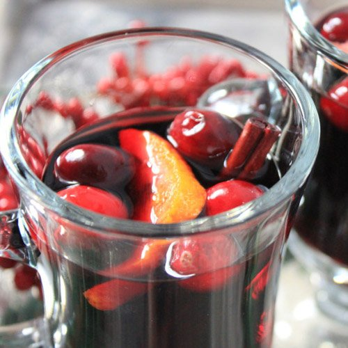 THIRTY MINUTE MULLED WINE RECIPE
